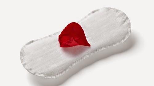 Đốm máu giữa chu kỳ là máu kinh nguyệt hay máu báo thai?