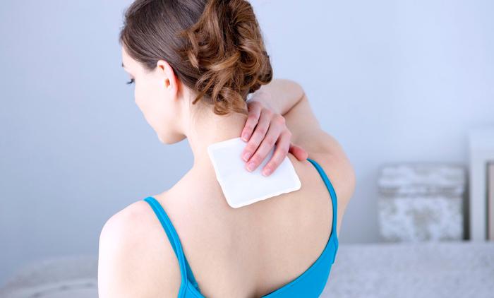 Tại sao con gái dễ bị đau xương khớp trong kì kinh nguyệt?
